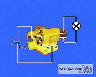 podklyuchaem-kontrolnuyu-lampochku-kontaktami-k-schetkam-podaem-12volt.jpg