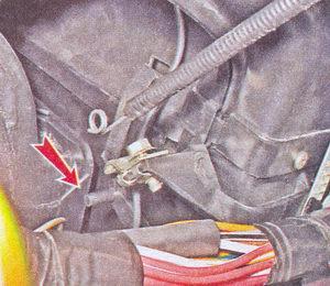 zamena-elektrodvigatelya-otopitelya-vaz-2106.jpg
