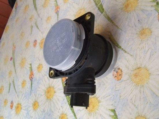 datchik-massovogo-rashoda-vozduha-550x413.jpg