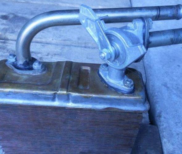 kran-na-radiatore-600x508.jpg