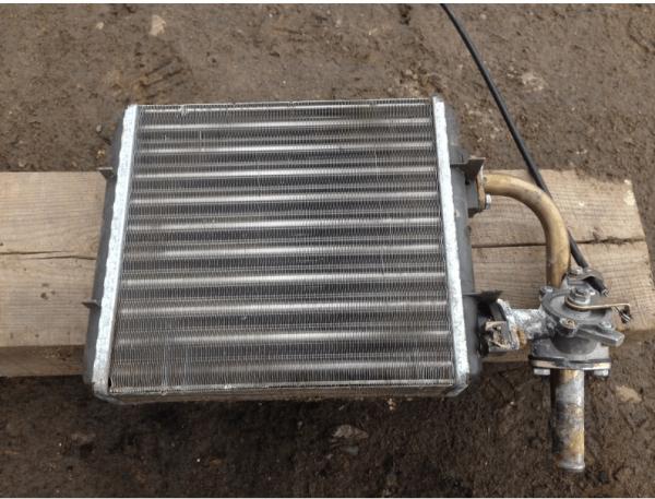 radiator-otopitelya-vaz-2107-600x457.png