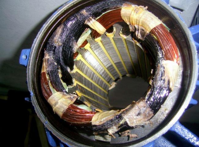 povrezhdennaya-obmotka-motora-ventilyatora.jpg
