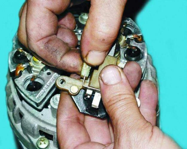 kak-vozbudit-generator.jpg