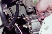 snyatie-generatora-vaz-2107-svoimi-rukami-180x121.jpg