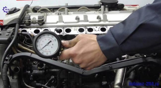 Как и чем замерить компрессию в двигателе ВАЗ 2114