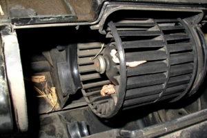 chto-delat-esli-ne-rabotaet-ventilyator-pechki-na-vaz-2110-300x200.jpg