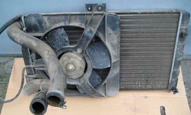 zamena-radiatora-vaz-2114.jpg