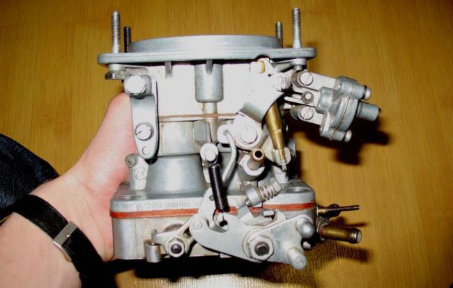 sostavljajushhie-karbjuratora-VAZ-2103.jpg
