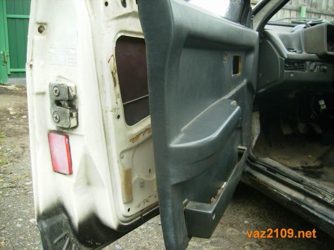 ne-otkryivaetsya-dver-vaz-2109-6.jpg