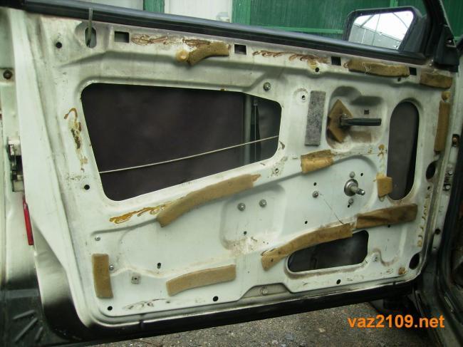 ne-otkryivaetsya-dver-vaz-2109-5.jpg
