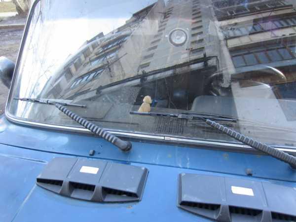 kak-pomenyat-motor-stekloochistitelya2.jpg