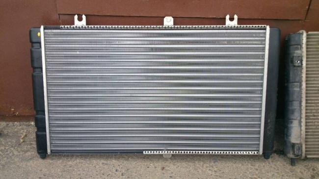Zamena-radiatora-Priora.jpg