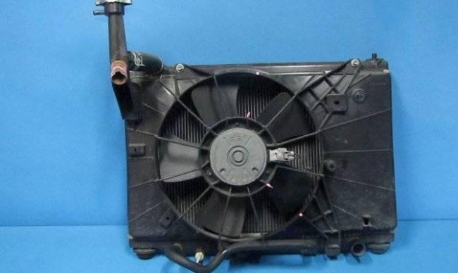 radiator-otopitelja-vaz-2109-zamena-krana-2.jpg